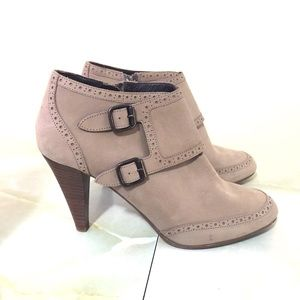 J. Crew Brodie Leather Ankle bootie Size 9